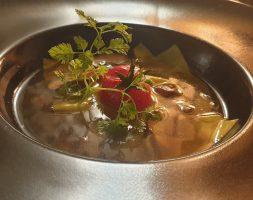 Ravioles Maison, bouillon Shiitake